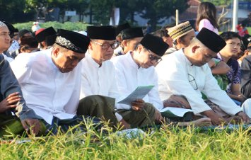 Warga Muslim Banjarnegara Laksanakan Sholat Idul Adha